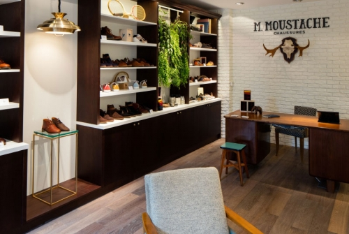 M. MOUSTACHE / W&CIE / JANUS DU COMMERCE