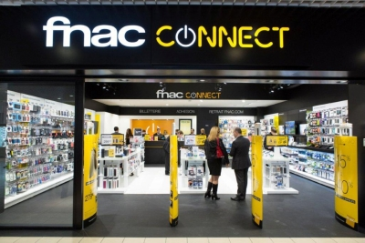 FNAC CONNECT / AGENCE VERSIONS / JANUS DU COMMERCE
